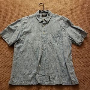 L American Eagle button down t-shirt